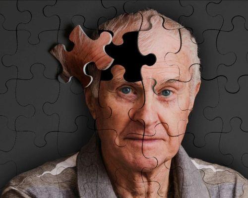 Болезнь Альцгеймера: причины, диагностика,  лечение, профилактика