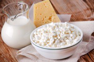 Молоко, сыр и творог