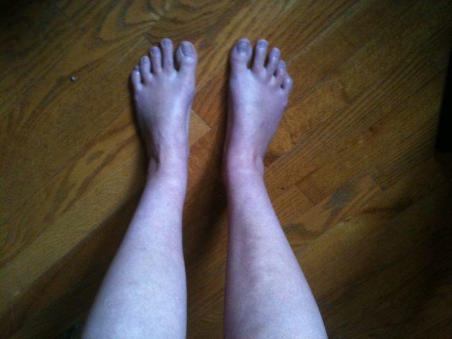 Две ноги